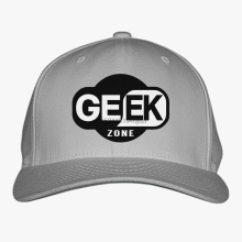 "Killer ""Geek Zone"" printed hat"