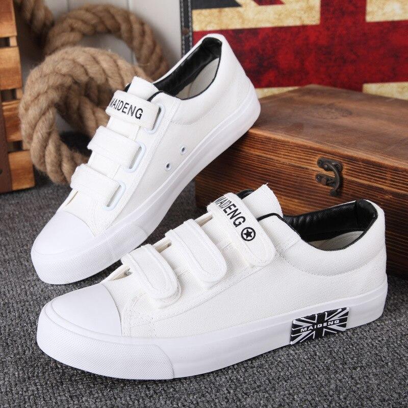 все цены на 2018 European Breathable Hook&Loop fashion men shoes light canvas hot sales high quality sneakers man cool leisure man flats онлайн