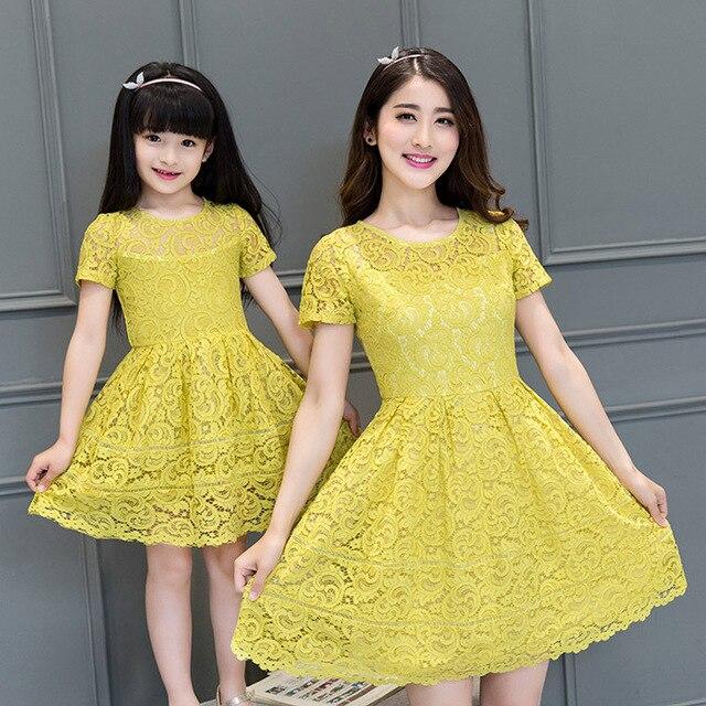 2016 новое лето Корейской моды кружевном платье семья девушка одежда мать и дочь соответствующие женщины платье Семья посмотрите