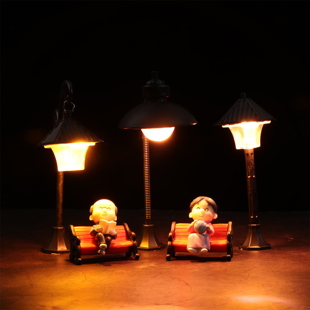 1PC Resin  Bonsai Ornament Street Lamp Figurine Streetlight Miniatures  Road Light Model Craft Home Decor Micro Landscape 5