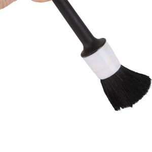 Image 5 - Cepillo para la limpieza del pelo de jabalí Natural, detalle automático de ruedas, salpicadero, accesorios de estilismo para coche, 1 ud.