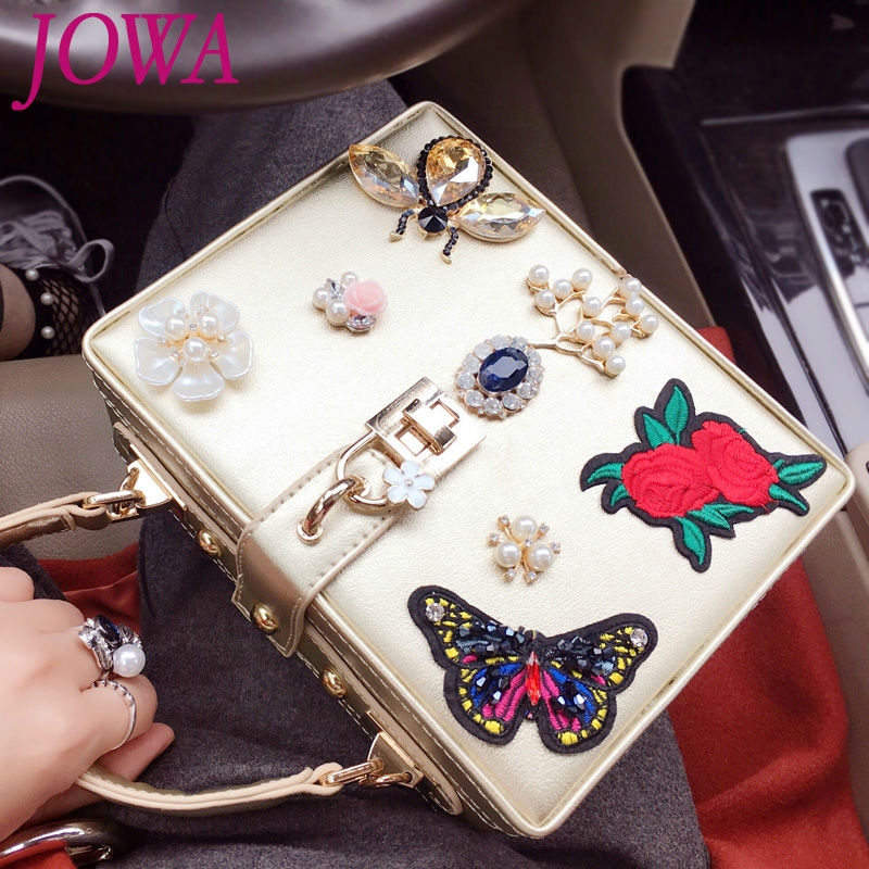 2017 Vintage Trunk Handbags Embroidery Flower Gold Handbag Diamond Insects Party Clutch Quality PU Crossbody Bags Mini Suitcase