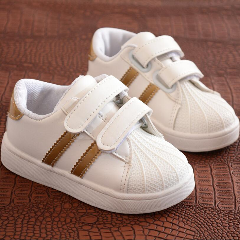 Niños zapatos niños niñas Zapatos de deporte antideslizante Soft Bottom niños bebé zapatillas Zapatillas planas casuales zapatos blancos tamaño 21- 30