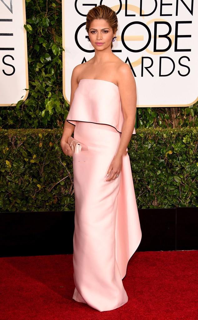 Camila-Alves-Celebrity-Dresses-72-Golden-Globe-Awards-Red-Carpet-Dresses-Strapless-Column-Light-Pink-Evening (1)