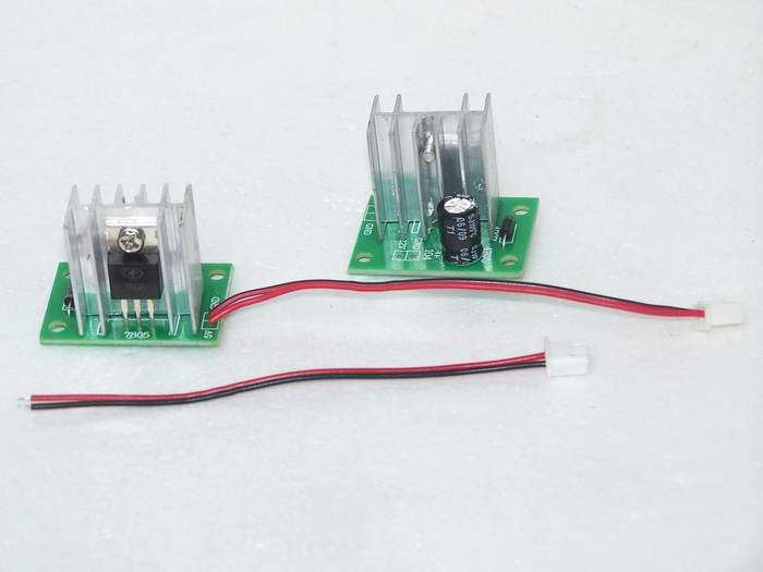 Free Shipping!  12V Turn 5V / 7806 Three-terminal Regulated Power Supply Module (with Heat Sink)