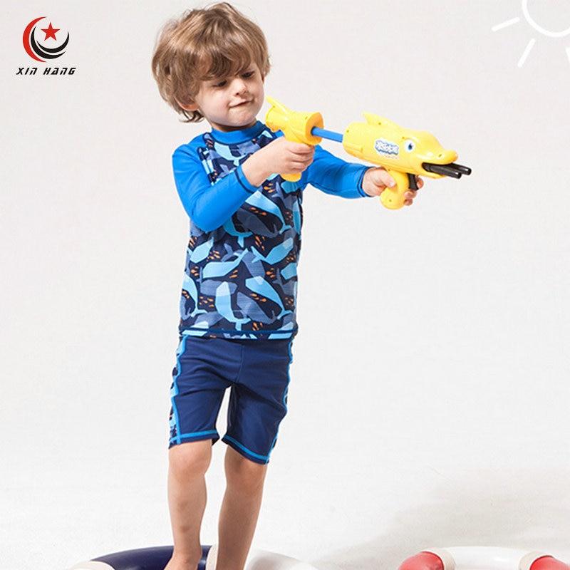 وهناك مجموعة 2 قطع الأولاد ملابس uv حماية السراويل للأطفال الكرتون جذوع الطفل ملابس الأطفال الغوص البدلة ملابس الشاطئ الملاكمين