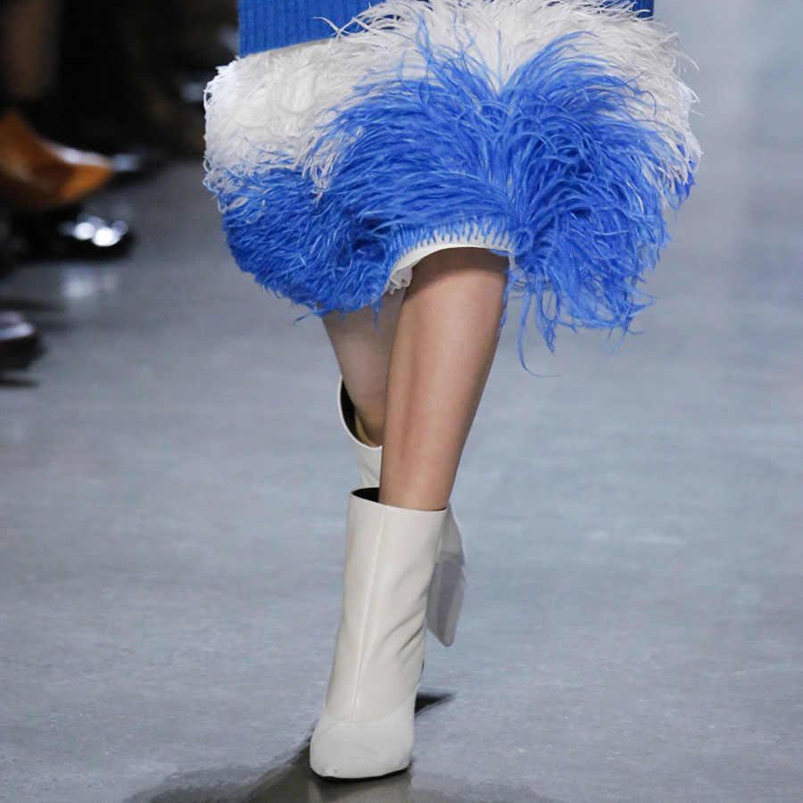 Mstacchi 2019 Eşleşmeyen Ahşap Topuklu Kadın Çizmeler Pist Marka Tasarım Kadın Ayakkabı Garip Tarzı kayma Sivri Burun Kadın Botları
