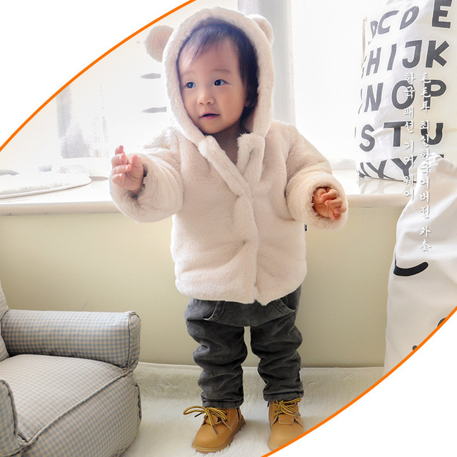 High quality 0-24m baby girls plush warm jacket winter hooded button hairy baby outerwears cute baby girl warm chrismas coat