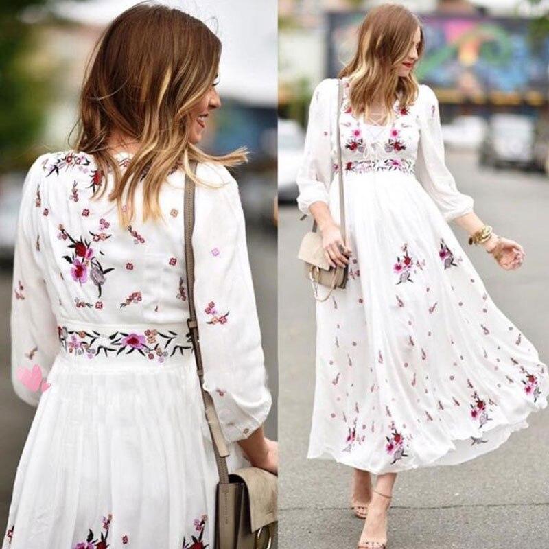 2017 floral broderie longue robe coton gratuit col en v à manches longues blanc boho robe personnes bandage sexy bohème maxi robe