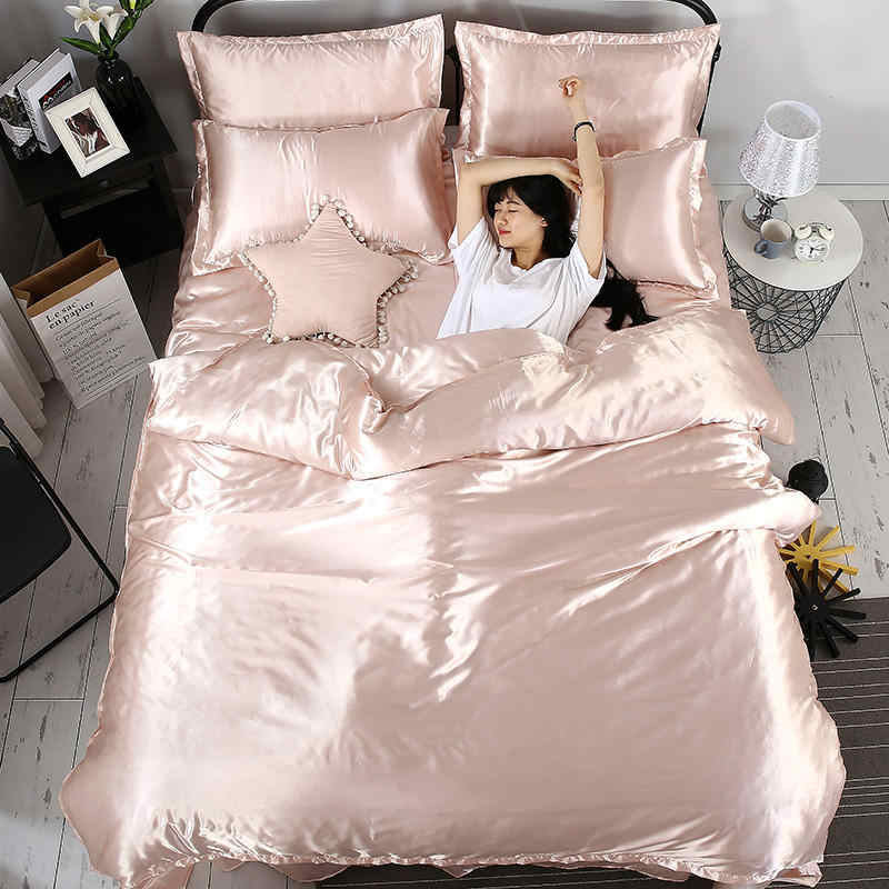 Fashion 100% pure satin silk bedding set, solid color Home Textile King size bed set,bedclothes,duvet cover flat sheet pillowcas