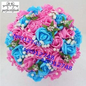 Image 3 - Perfectlifeoh Bouquet de fleurs de roses artificielles, Accents de dentelle de mariée en perles, Bouquet de mariage avec ruban, offre spéciale
