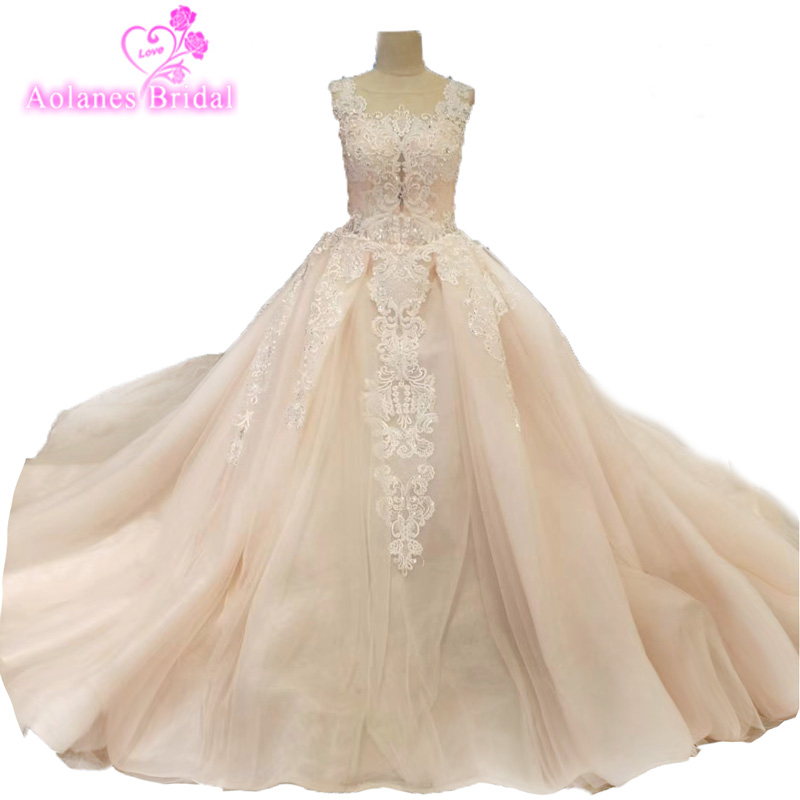 Luxury Lace Ball Gown Sleevless Wedding Dresses Pink Princess Illusion Appliques Crystals Bridal Gowns Real Work Custom Made