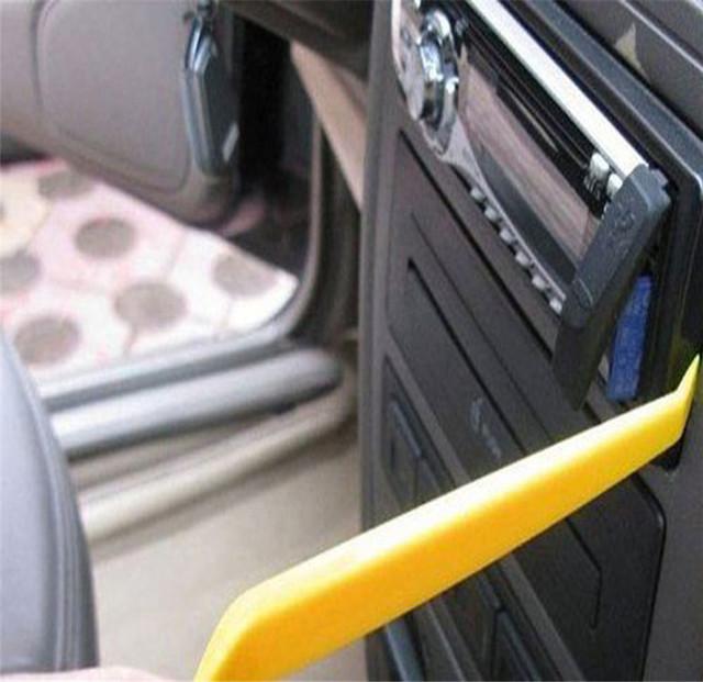 4pcs Auto Car Radio Door Clip Panel Trim Dash Audio Removal Installer Pry Tool 2018 styling Screwdriver Repair Accessories