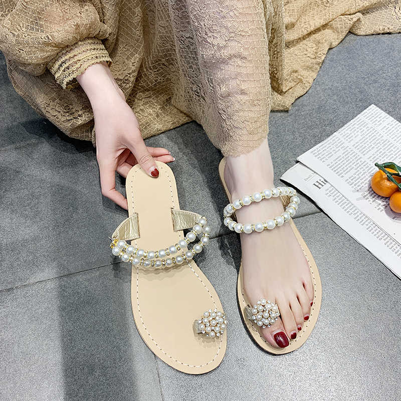 2019 Summer Bohemian Flat Sandals Pearl Sets of Toes Women Sandals Beach Classic Sandals Women Shoes Fashion Ladies Slippers
