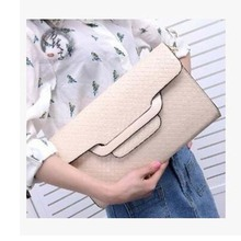 2016 Hot Women Clutch Bag Serpentine Prints PU Leather messenger bag Fashion Wristlet handbag shoulder bag VY