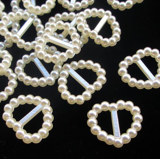 50pcs/lot 15mm Ivory Heart Shape Scrapbook Simulated Pearl Beads Sewing Button DIY Material Findings