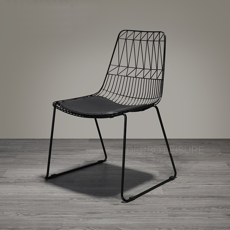 Modern Classic Design Loft Metal Steel Wire Chair with pad