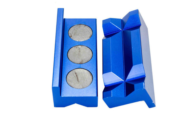 Magnetic Aluminum Vise Jaw Protective Inserts for AN Fittings
