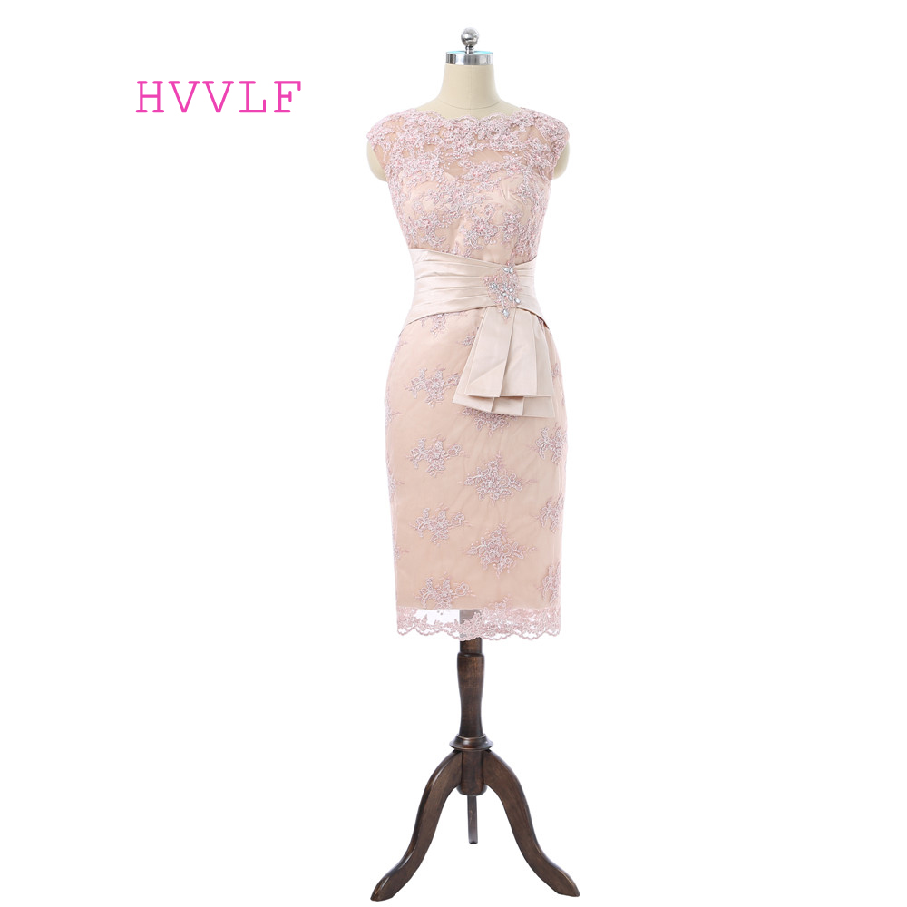 Champagne 2019 Mother Of The Bride Dresses Sheath Cap Sleeves Beaded Lace Short Plus Size Groom Mother Dresses For Wedding