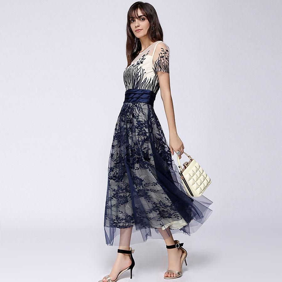 숙녀 메쉬 드레스 여름 2018 짧은 소매 발목 길이 속이 빈 레이스 해군 꽃 자수 슬림 롱 드레스-에서드레스부터 여성 의류 의  그룹 3