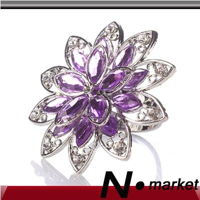 Nový barevný květ fialový Crystal Diamond kroužky na ubrousky pro svatební stříbrné ubrousky držáky pro stůl