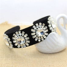 Hot Fashion Vintage Wide Black Velvet Hairband White Clear Rhinestone Crown Big Crystal Flower Headbands Brides Hair Accessories