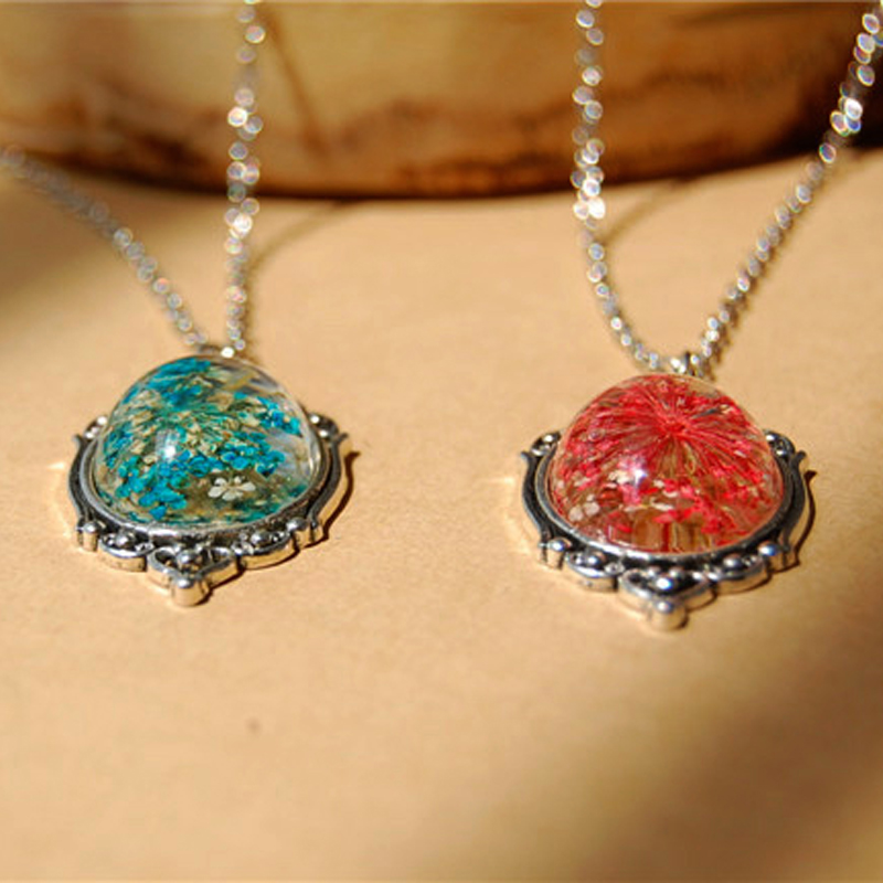 LIEBE ENGEL Vintage Style Natural Dried Flower Necklace 1