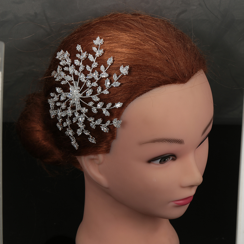 Tiaras And Crowns HADIYANA Trendy Wedding Hair Accessories Simple Lovely Design Elegant For Women Zircon BC4922 Accesorios Mujer