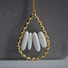Natural White Porcelain Stone Beads Gold Color Twist WaterDrop Pendant Chain Long Necklace Women Boho Fashion Jewelry Bohemian цены