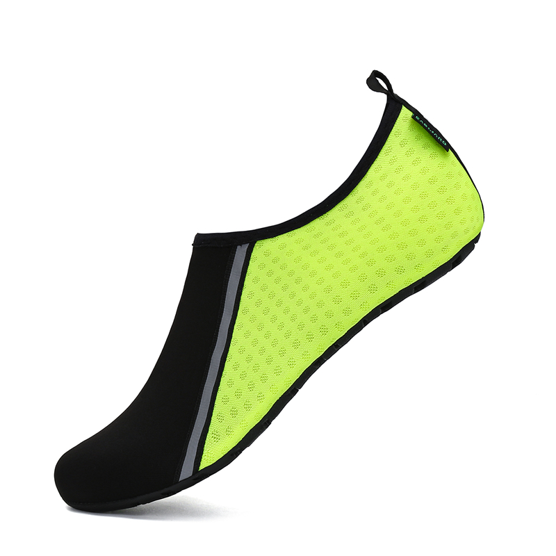 Water Shoes Men Soft Aqua Shoes Summer Beach Sandals Breathable Diving Swimming Socks Barefoot Shoes Yoga Shoes Woman Sneakers