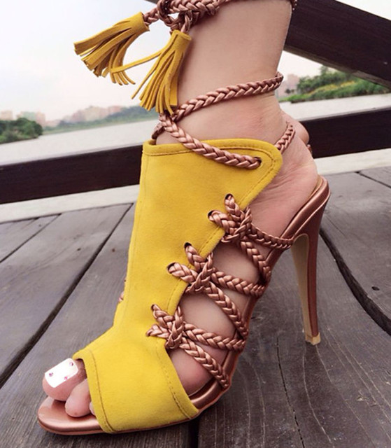 11a965478b762 Nuevo guapo color brillante mujeres Botines Encaje borla decorado Tacones  altos peep toe sandalia Botas verano