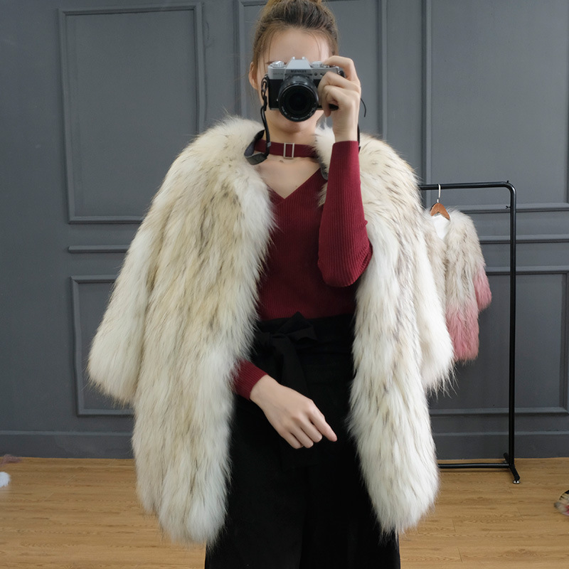 JKP NEW Real fashion Raccoon fur Animal Skins Coats women natural Raccoon fur Animal skins coat female coat luxury clothes