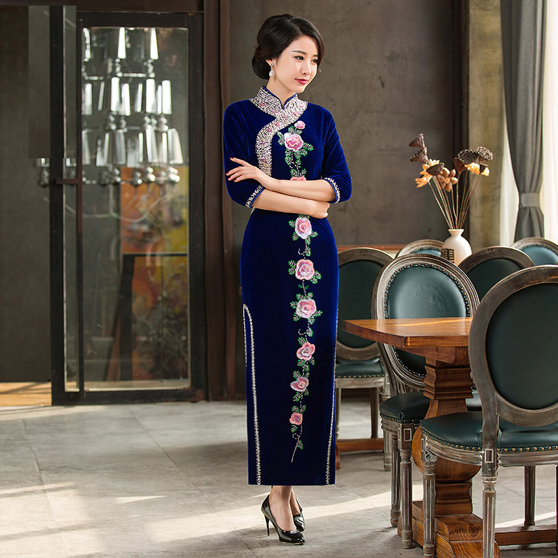 Luxury Manual Bead Embroidery Velvet Mother Cheongsam Blue Chinese Traditional Dress Long Qipao Women Qi Pao