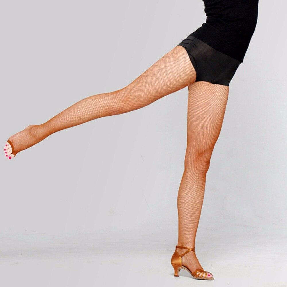 Hannah montana legs open