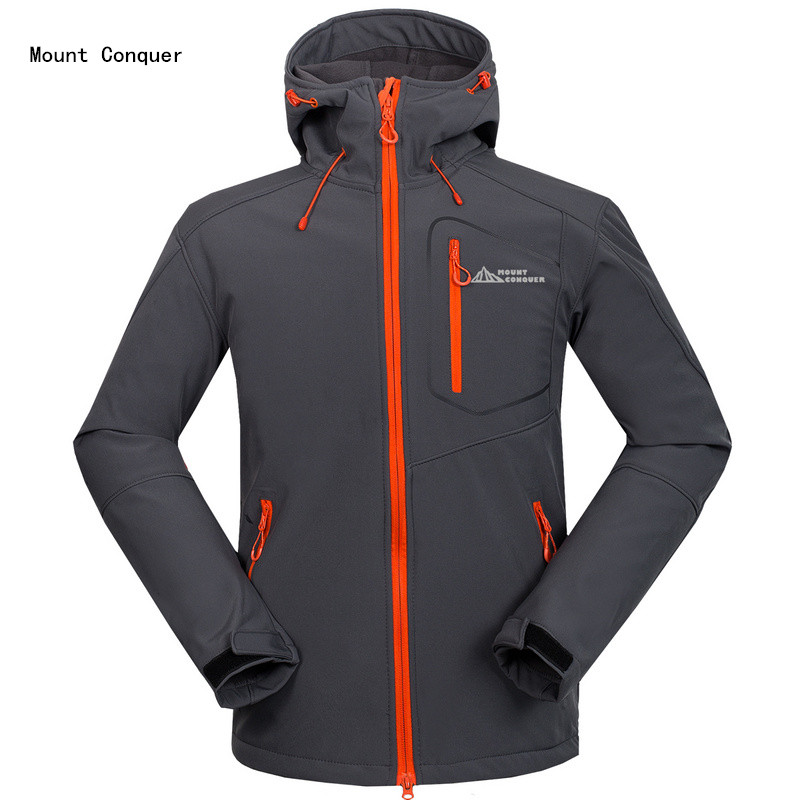 2017 New Mount Conquer Men Hiking Jacket Softshell Fleece Hard wearing Outdoor Sport Wear Windproof Waterproof Climbing Rid Coat