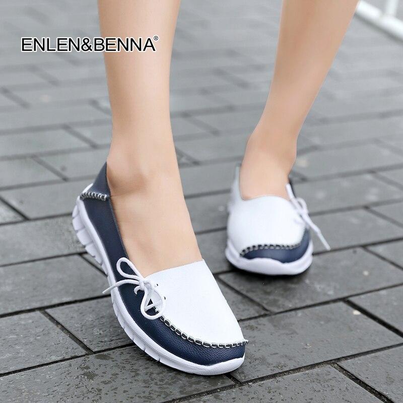bb84282b8 2018 Macio Lazer Flats Mulheres Sapatos de Couro Genuíno Mãe Mocassins  Mocassins Femininos Casuais Condução Calçados sapatilhas de Ballet