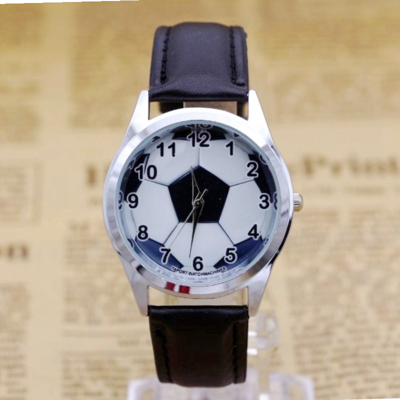 2019 New Children Boys Cartoon Football Personality Quartz Wrist Watches Students Fashion Leather Strap Watches Watches