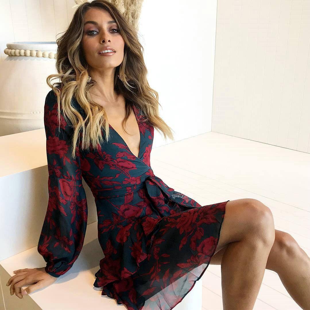Uguest Sommer Frauen Kleid 2018 Sexy Tiefem V-ausschnitt Floral Gedruckt Mini Party Kleid Dame Strand Kleider Kausalen Lange Hülse