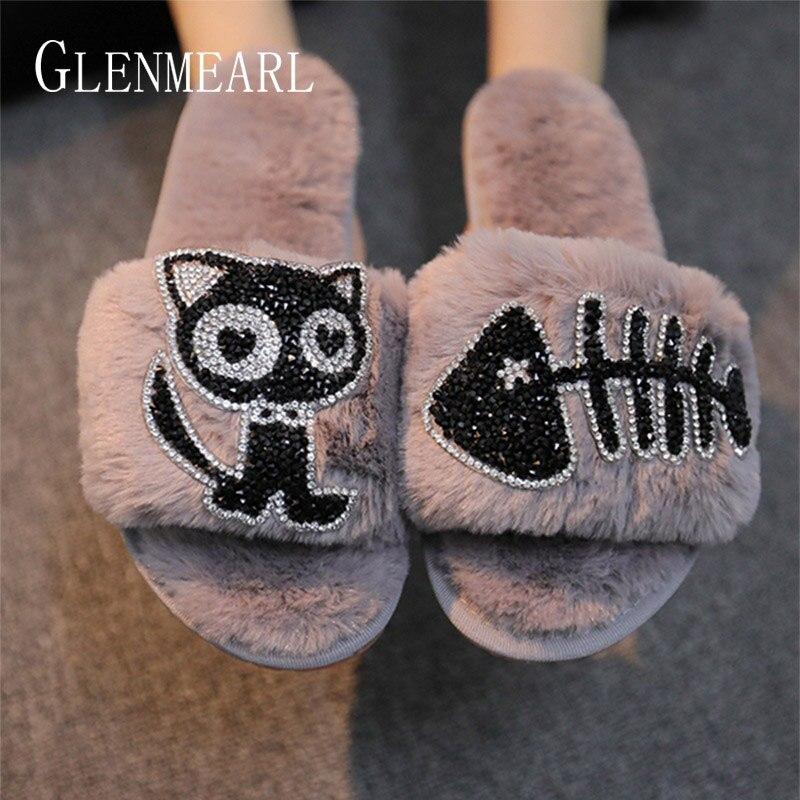 Zapatillas de casa Mujer invierno zapatos planos de lujo de las mujeres del Rhinestone zapatos de interior cálido suave antideslizante de gato de dibujos animados mujer deslizadores negro
