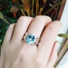 Женское кольцо с голубым топазом из серебра 925 пробы 100%