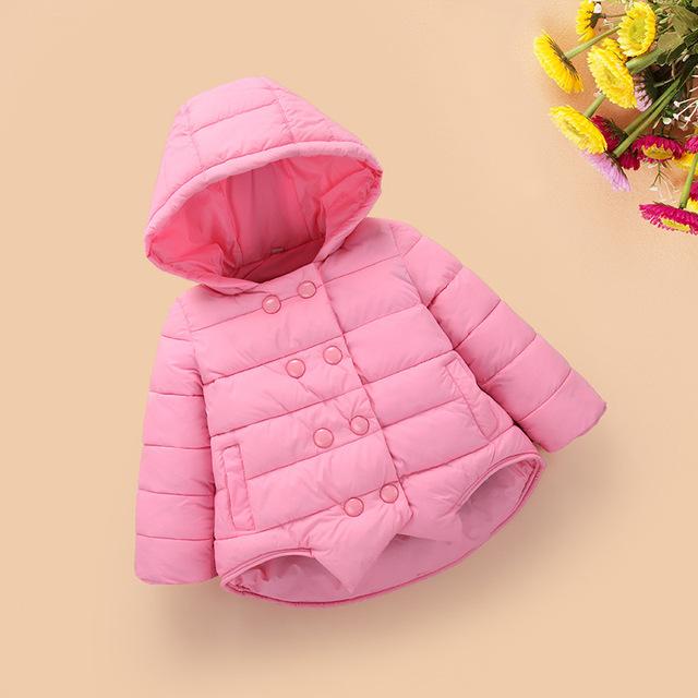 Desgaste Meninas das Crianças da moda Roupas No Inverno Com Grossas de Algodão-acolchoado Jacket 100% de Seda De Algodão Crianças de 2 A 6 Anos de Idade