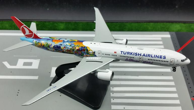 Fine JC wing 1: 400 Turkish Airlines  Boeing 777 B777-300ER alloy passenger aircraft model XX4502 Collection model Holiday gifts