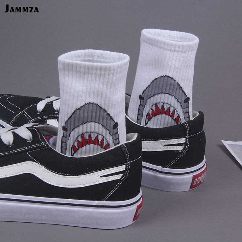 Men casual cotton   socks   cartoon shark fashion hiphop style New Women   socks   skateboard sporty korea Animal student funny Solid