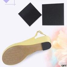 Женская обувь на высоком каблуке с наклейками на стельке; нескользящая Черная Женская обувь с вырезами; защитная нескользящая подошва