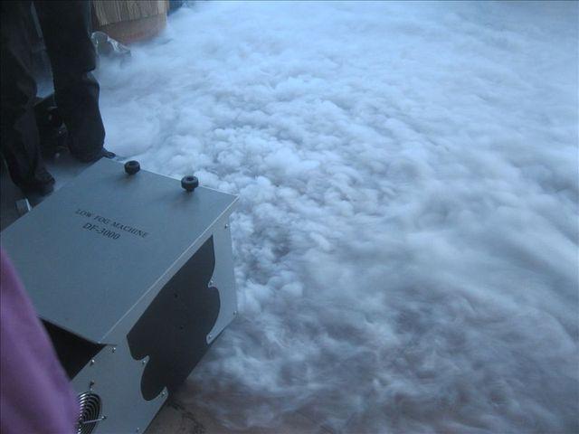 משלוח חינם מדהים רציף 3000W נמוך שוכב קרקע ערפל מכונת עם שמן קפוא קרח (לא צריך CO2 יבש קרח) שלב ציוד