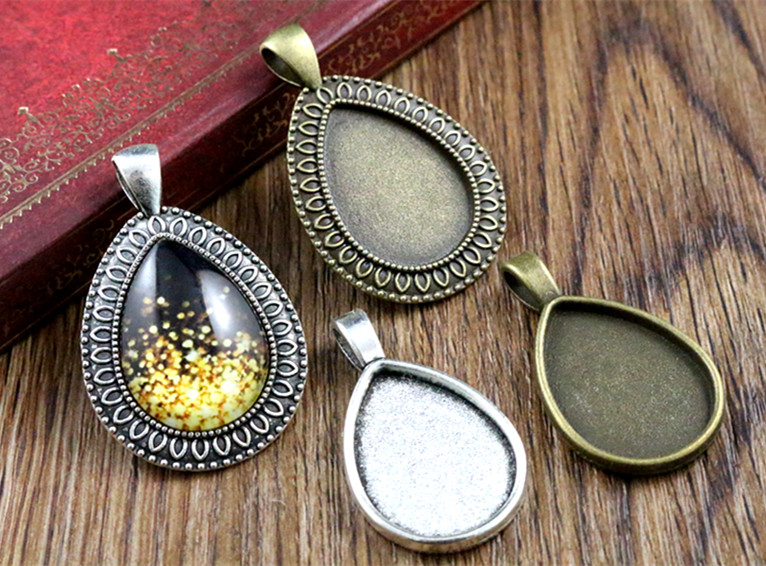 4pcs 18x25mm Inner Size Antique Bronze And Silver Drop Style Cameo Cabochon Base Setting Charms Pendant Necklace Findings
