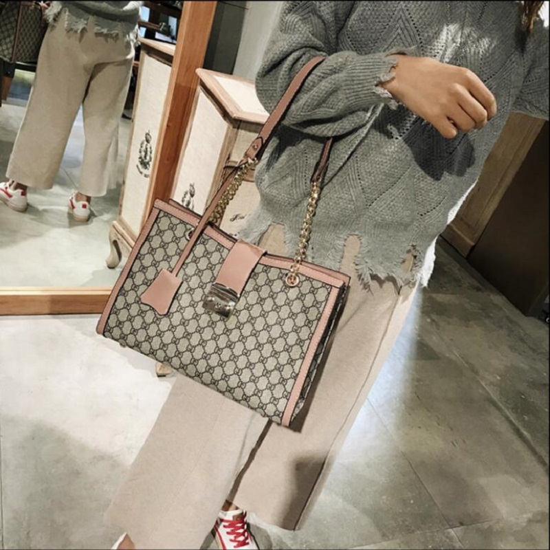 2019 New Women Fashion GD Plaid Bags Big Capacity Office Lady Zipper Pocket Shoulder girls schoolbag High Quality beach Handbag in Top Handle Bags from Luggage Bags