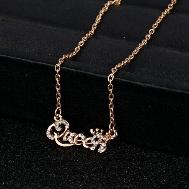 49d70dc59d01 Encanto moda oro plata collares para las mujeres colgante carta Rhinestone collar  gargantilla cadena partido Prom