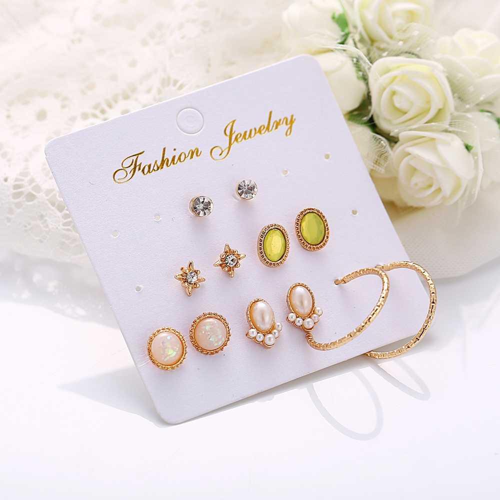 17KM Fashion Small Pearl Rhinestones Stud Earrings Set For Women Vintage Gold Color Zircon Flower Round Stud Earrings Pendientes