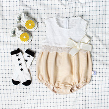 Baby Bodysuit New Born Girl Clothes Sleevelss Onesie Beige Lace Hat 2pcs/Set +Hat Sliders For Girls